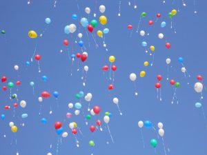 palloncini colorati e cielo 2